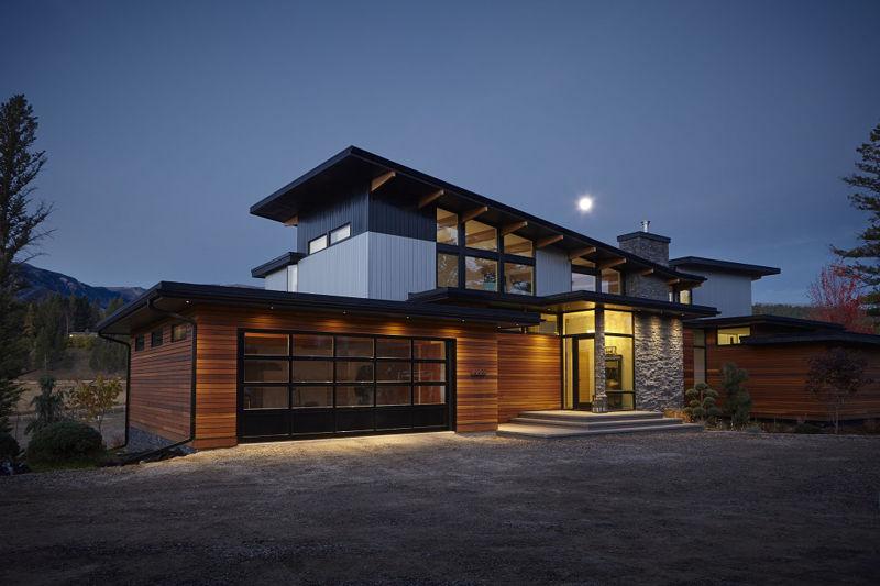 Bold modern turkel design lindals lindal cedar homes for Lindal cedar home plans
